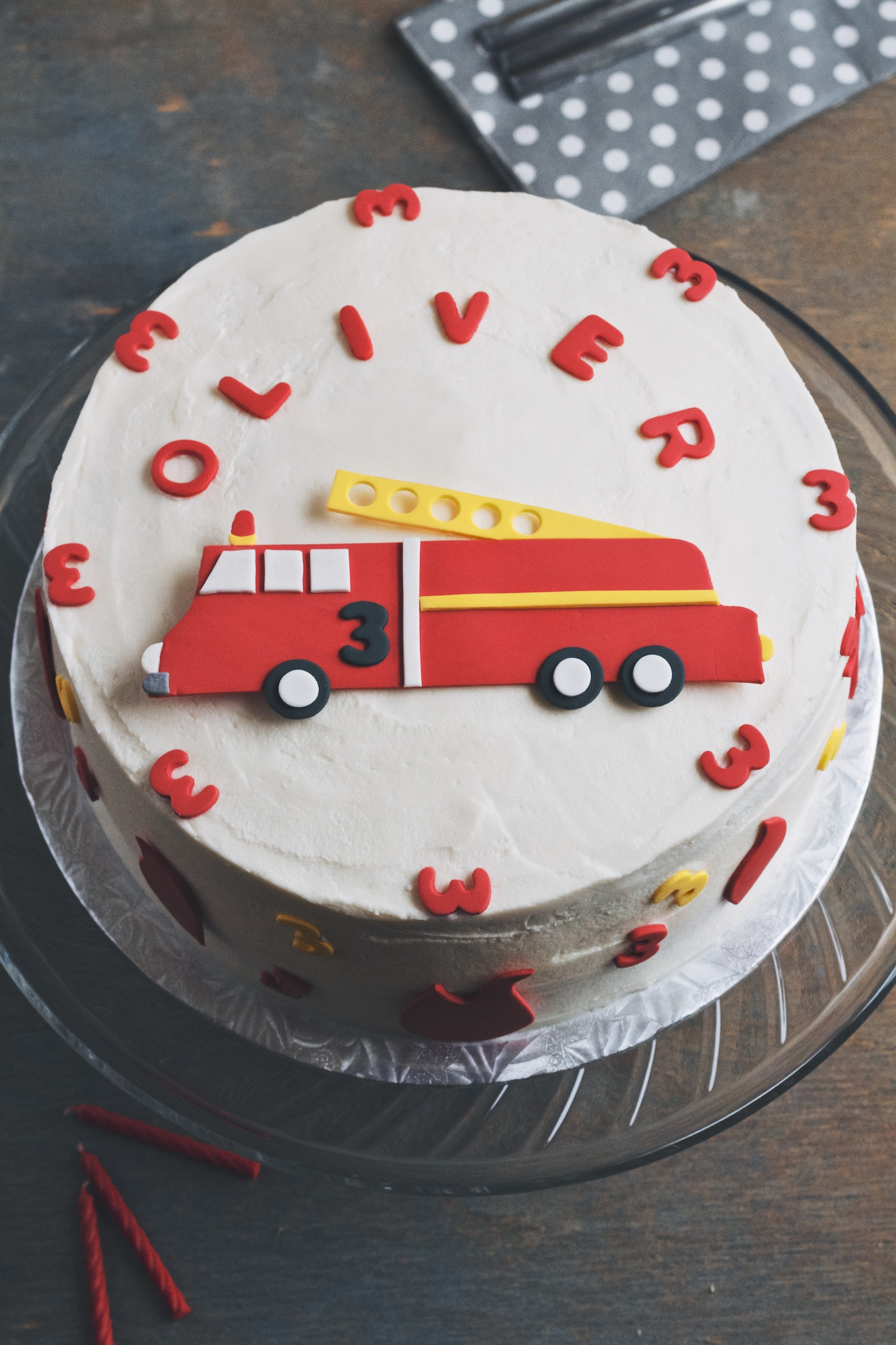 easy fire truck cake {tips on cake decorating} movita ...