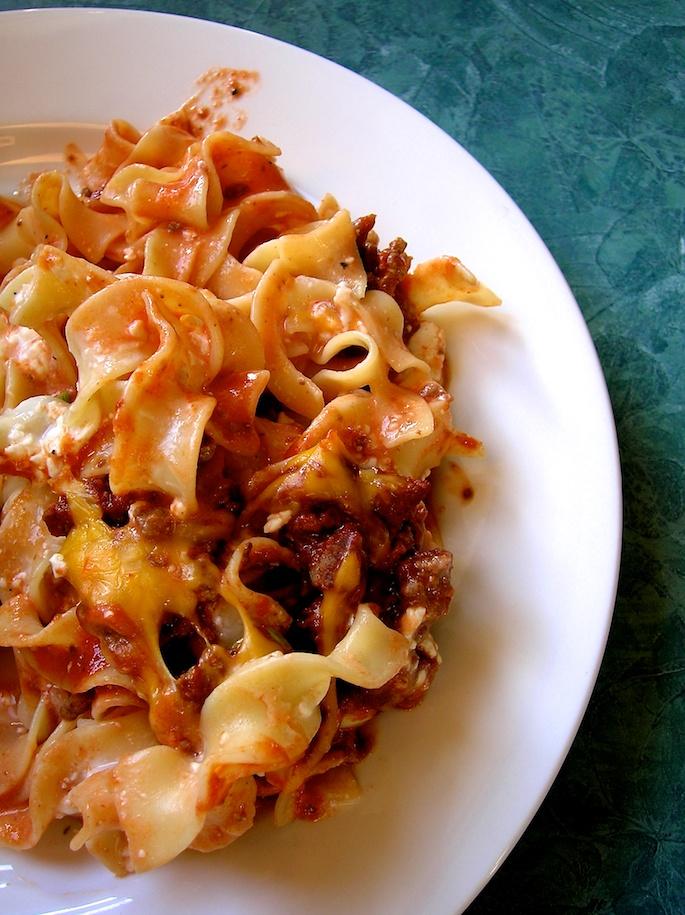 kinda creamy pasta bake | movita beaucoup