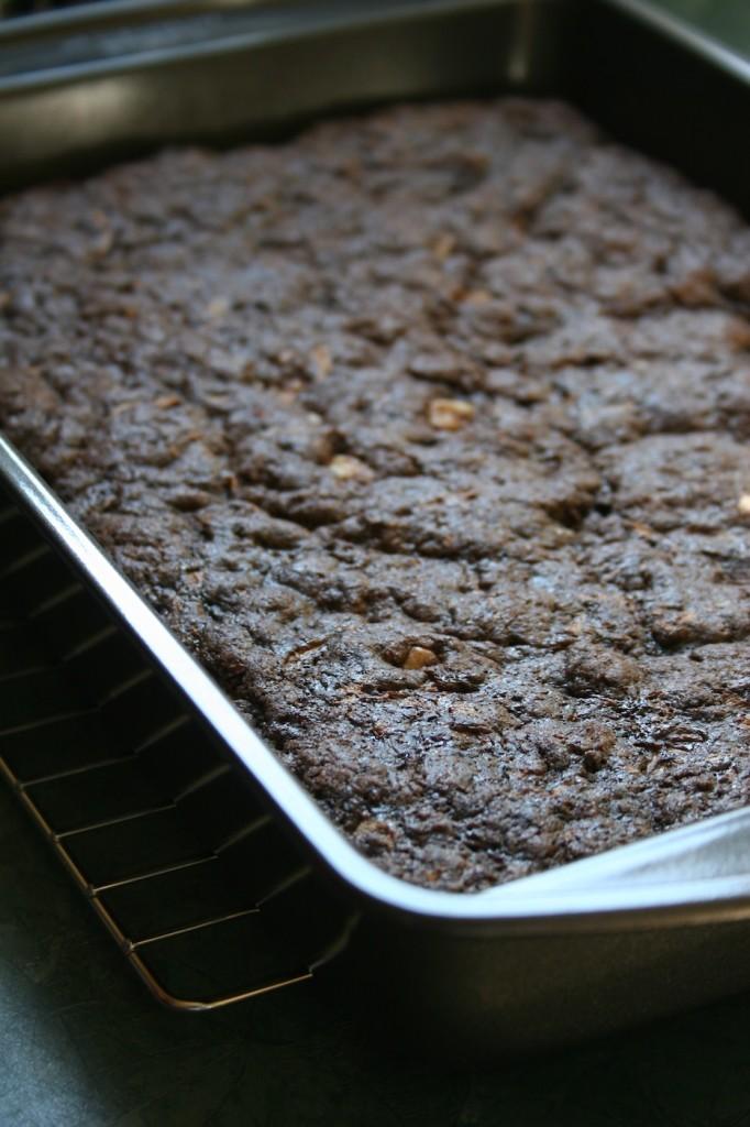 zucchini brownies | movita beaucoup