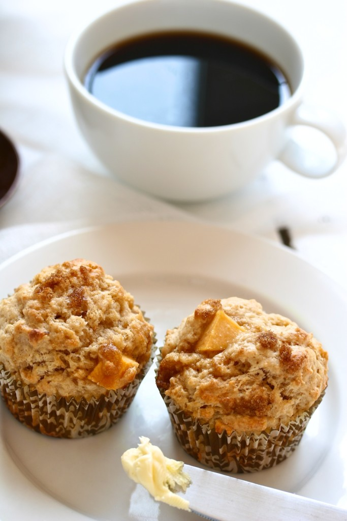nectarine muffins | movita beaucoup
