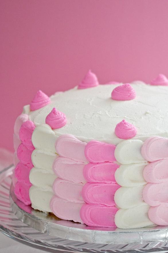 old-fashioned white cake with buttercream frosting | movita beaucoup