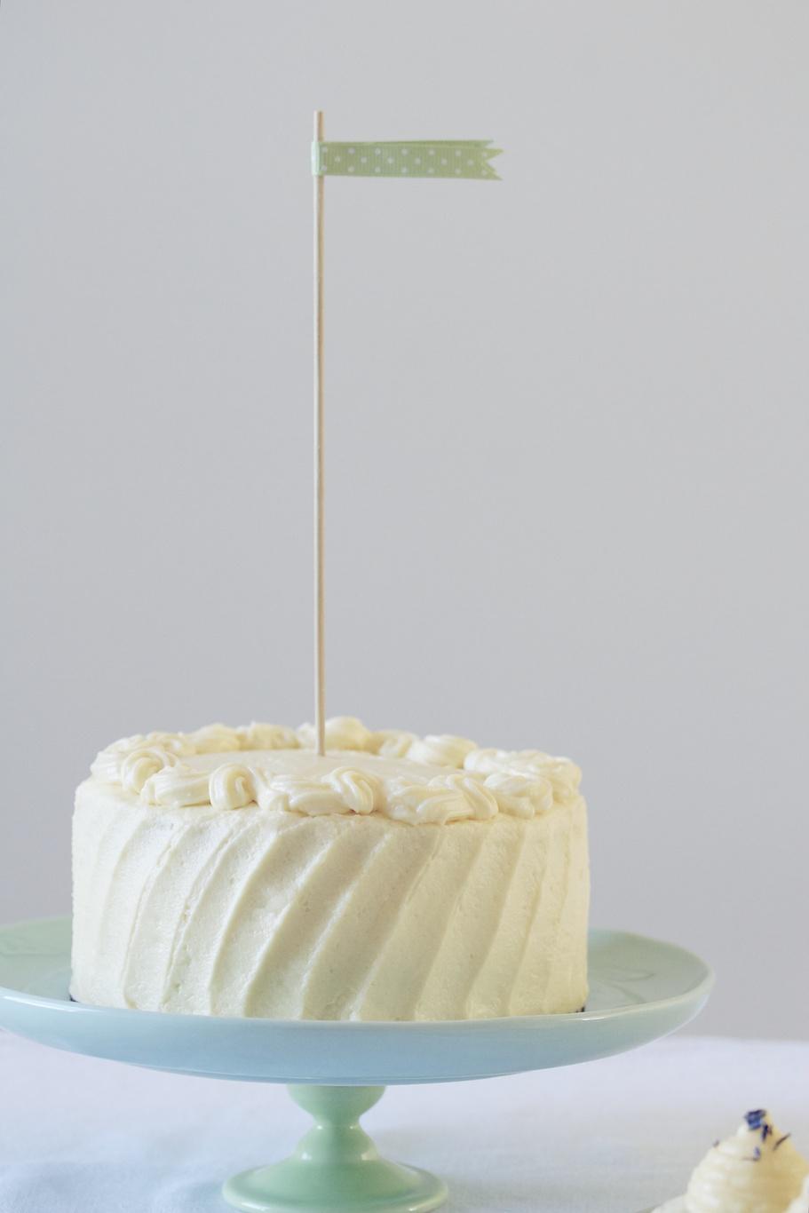 six-inch classic white layer cake | movita beaucoup