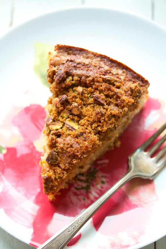 cardamom rhubarb snacking cake | movita beaucoup