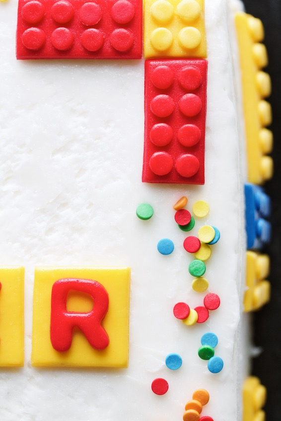 lego cake // movita beaucoup