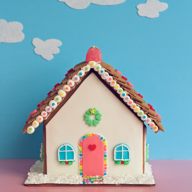 gingerbread house // movita beaucoup